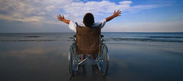 wheelchair-child-beach
